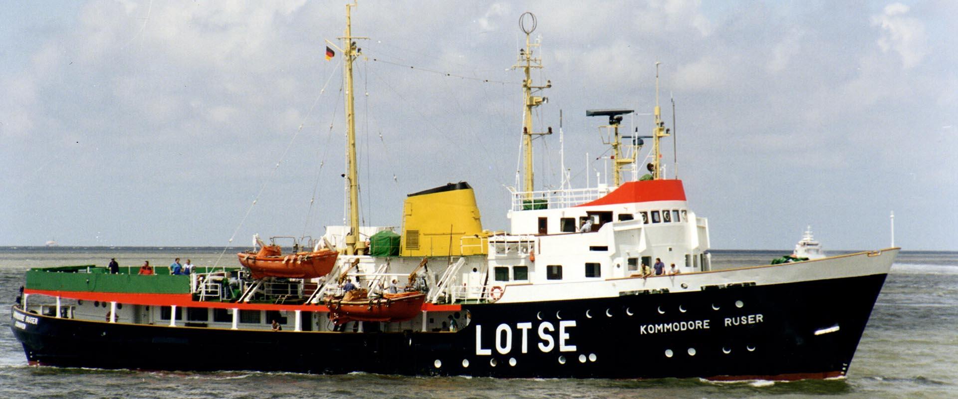 KOMMODORE RUSER im Jahr 1997 auf der Elbe.
