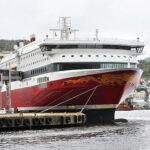 Die MS Bergensfjord, baugleich zu MS Stavangerfjord, im Hafen von Bergen.