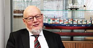 Portrait Alfred Hartmann, Präsident des Verbands Deutscher Reeder.