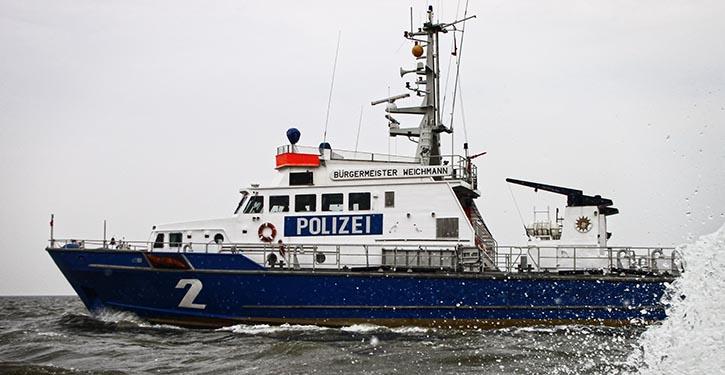 WSP 2, Bürgermeister Weichmann, auf Kontrollfahrt.
