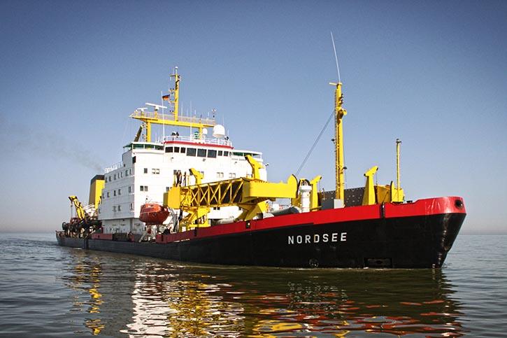 Die NORDSEE ist ein Saugbagger, der vom Wasser- und Schifffahrtsamt Wilhelmshaven betrieben wird.