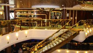 Das Atrium an Bord der MSC SPLENDIDA.