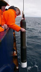 BSH setzt Treibbojen von Forschungsschiff aus
