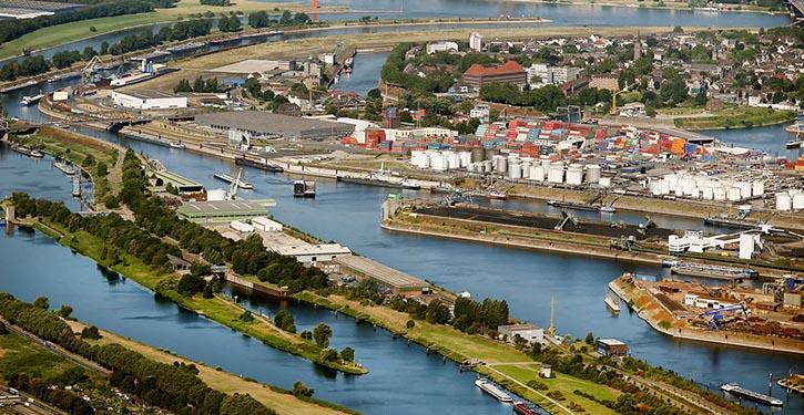 Duisburger Hafengelände