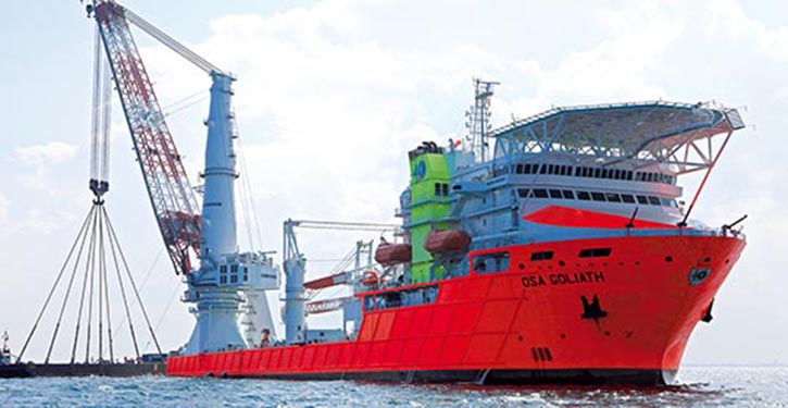 Crane Ship with Hoppe-Marine Systems inside.