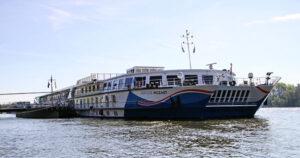 Ein High-Light sind Reisen auf dem luxuriösen Semikatamaran MS MOZART.