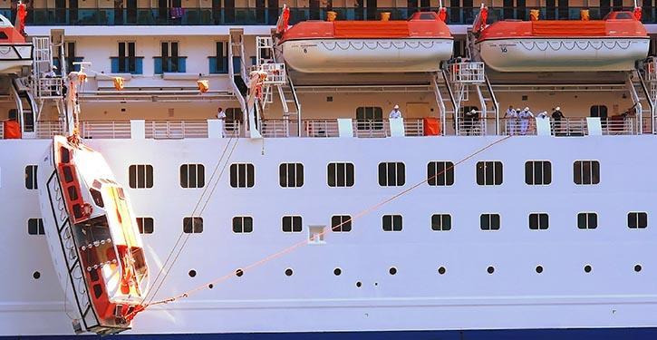 Vorfall bei Rettungsbooteinsatz auf der Costa-Mediterranea.