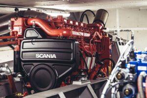 Scania-Motor im Maschinenraum der MS DIAMANT.