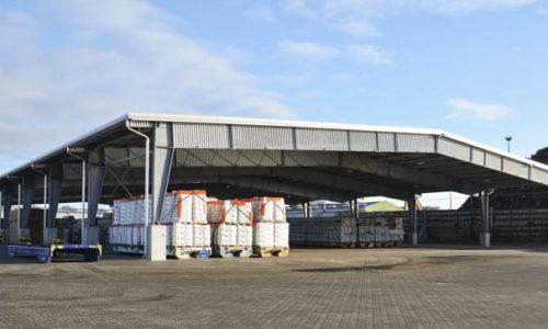 Die neue Holz-Lagerhalle am Ostuferhafen in Kiel.