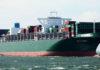 Containerschiff Tokyo Triumph in Fahrt.