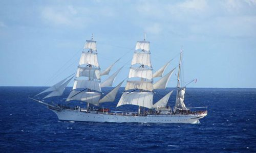Tall-ship STATSRAAD LEHMKUHL moving under sails. © Rolls Royce