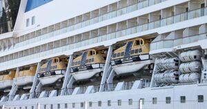 Die Werft lieferte Rettungsboote und die dazugehörigen Aussetzvorrichtungen.