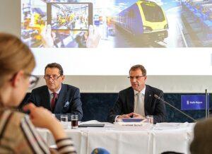 Von links: Finanzvorstand Rolls-Royce, Marcus A. Wassenberg und CEO Andreas Schell.