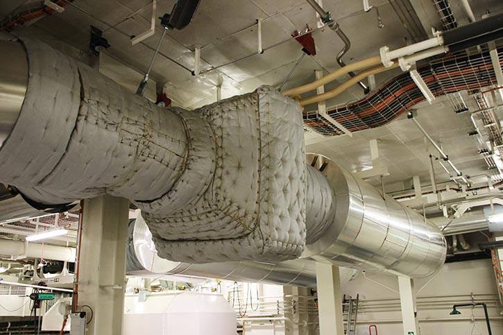 Auf dem Bild zu sehen der Katalysator, geliefert von dem Schweizer Unternehmen H.U.G.-Engineering.
