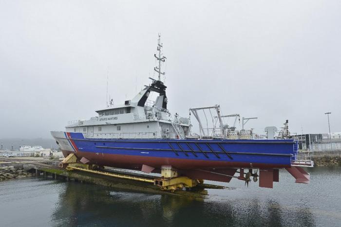 MV THEMIS während der Nachrüstung in der CMN-Werft