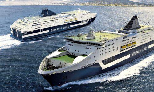 Zwei RoPax-Kreuzfahrtschiffe, CRUISE BARCELONA und CRUISE ROMA der italienischen Grimaldi-Gruppe