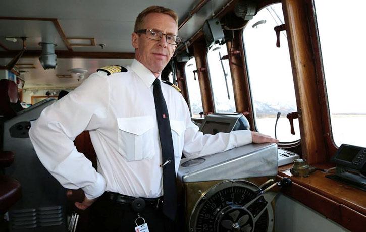 Captain Lande an Bord MS LOFOTEN