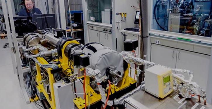 Testläufe mit Ammoniak als Energieträger für Schiffsmotoren
