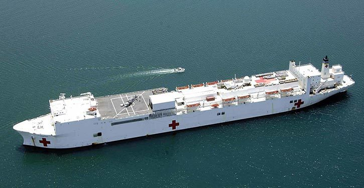 Die USNS COMFORT war in ihrer bisherigen Dienstzeit an vielen zivilen wie auch militärischen Einsätzen beteiligt