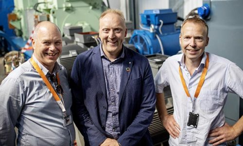from left to right: Egil Hystad, Wärtsilä, Willy Wågen, Sustainable Catapult, and Kjell Storelid, Wärtsilä