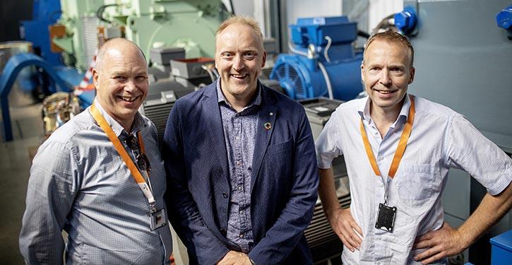 from left to right: Egil Hystad, Wärtsilä, Willy Wågen, Sustainable Catapult, and Kjell Storelid, Wärtsilä