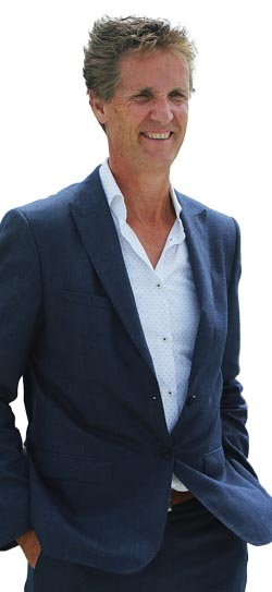 CEO Paul Melles